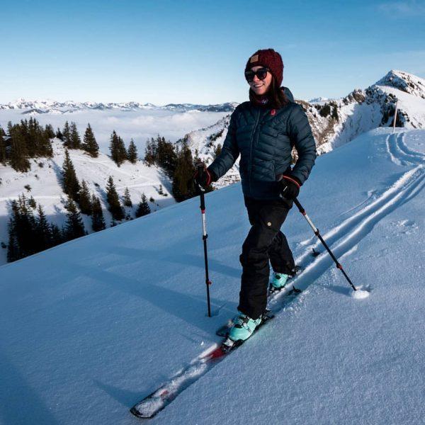 Raus aus dem Nebelmeer, rauf aufn Berg 🗻 😊 #nebelmeer #skifahrn #scott #völkl ...