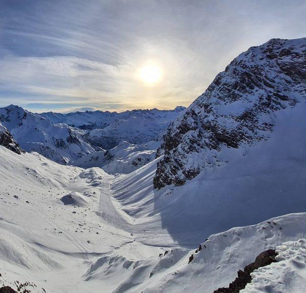 dein skiparadies. dein kraftplatz. in 15 minuten in skiarlberg. #derklostertalerhof #hotel #krafttanken #genießen #skiparadies #winterwonderland @unser_arlberg @skiarlberg.offical...