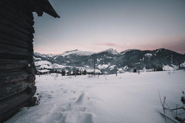#photography #sony #sonyalpha #sonya7rii #fun #cold #winter #morning #snow #barn #ifen #gottesacker #kleinwalsertal ...