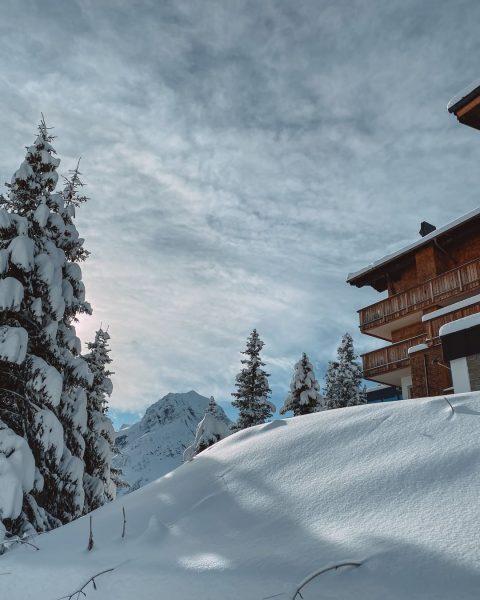 Haben Sie die Feiertage genossen? ☃️ Wir sind viel Ski gefahren, haben uns erholt und Zeit mit...