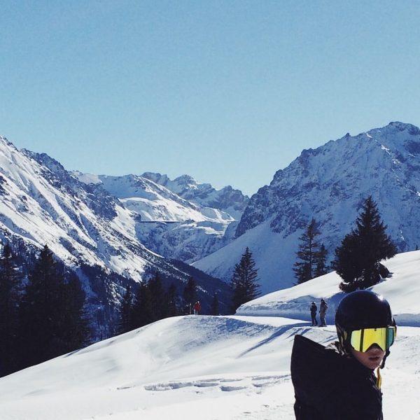 Blick zum Lünersee 🤩  . . . . . #bergpanorama #lünersee #winterwonderland ...