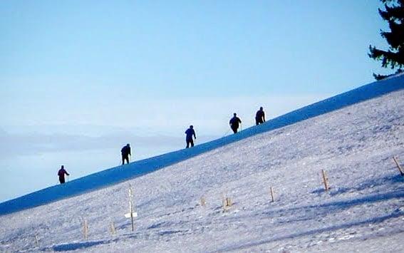 Schweisstreibender Anstieg auf der Haederich-Loipe bei Hittisau. #Vorarlberg #Bregenzerwald #loipenspaß #Wintervergnuegen #Hittisau Hittisau