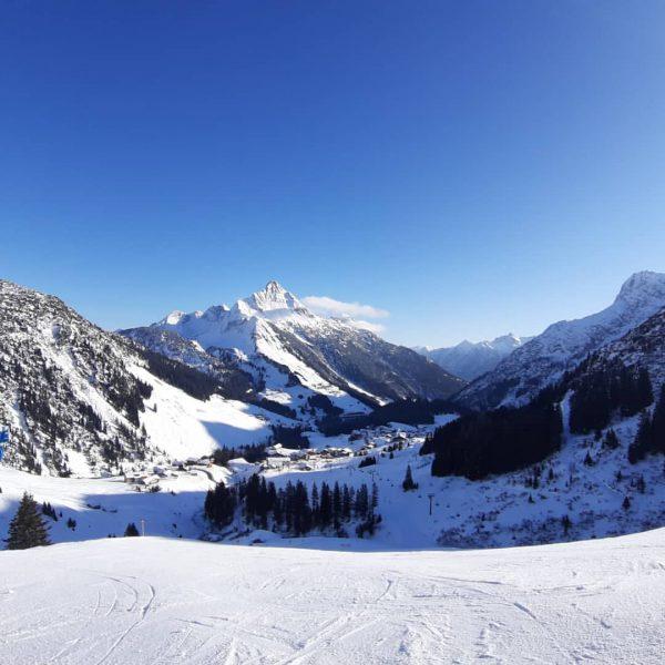 Make every day to a good day 😌🤗🙏 #berghofschroecken #dontworrybehappy #mountainlove #nosnownoshow #liveisbetterinthemountains ...