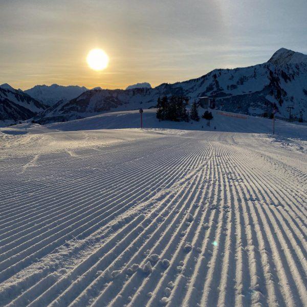 Another day in winter paradise ❄️ Nur unsere Gäste fehlen... #damüls #damülserhof #urlaubzuhause ...