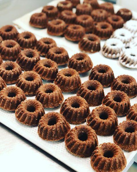 #gugelhupf #minigugelhupf #baking #genusspaket #trying #new #homebaked #homemade #love #dessert #begeisterei💕