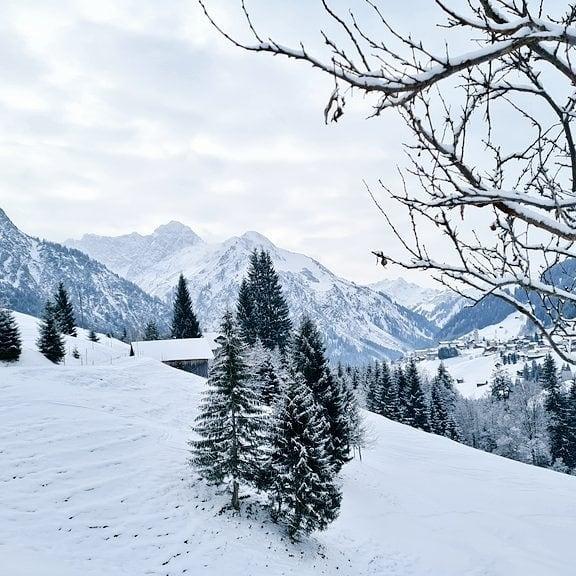 Het is koud in Mittelberg (-4gr C) en het sneeuwt af en toe ...
