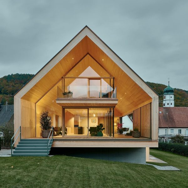 Let us introduce you… … to our recently completed house Rau, embedded in ...