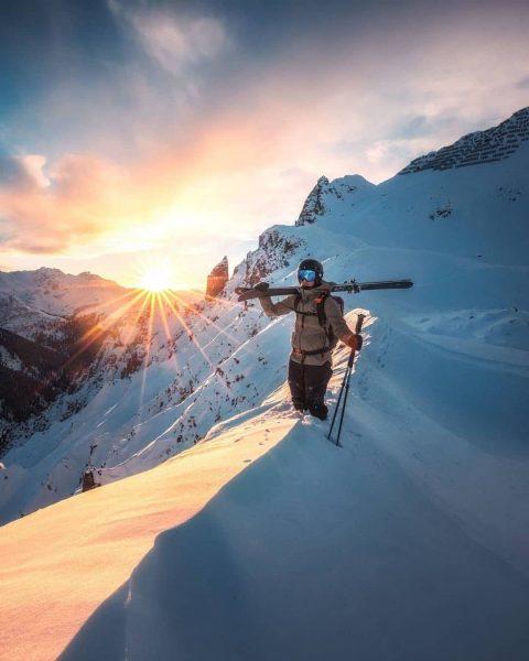Lech Zürs am Arlberg, Vorarlberg 🇦🇹 ❄️ Photo by 📸 @lucas_tiefenthaler ❄️ Follow ...