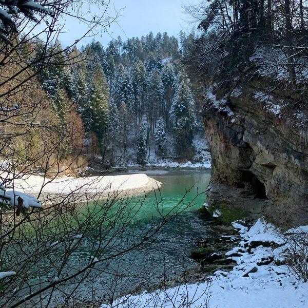 Walking in the Winter Wonderland - Sonne, Wasser, Wanderweg & Schnee - was braucht man mehr 🥾🏔❣️...