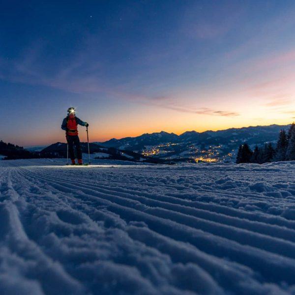 Moonlight shadow... #earlybird #bergwelten #skitouring #alpen #visitvorarlberg #ländle #visitbregenzerwald #heimat #gipfelstürmer #outdoor #bergwelten ...
