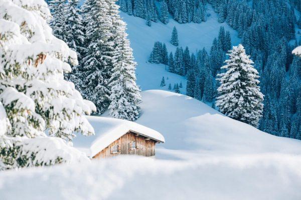 Enjoy the gorgeous winter landscape of Lech Zürs ❄️🤍 #matslechalpenquartier #matslech #lechzuers #mylechzuers #lechamarlberg #lech #unserarlberg #arlberglove...