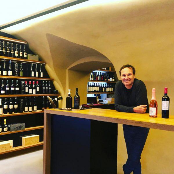 Unser Weinberater Christoph Marcabruni @deinweinguru von Weinpunkt Feine Weine zu feinen Speisen für ...