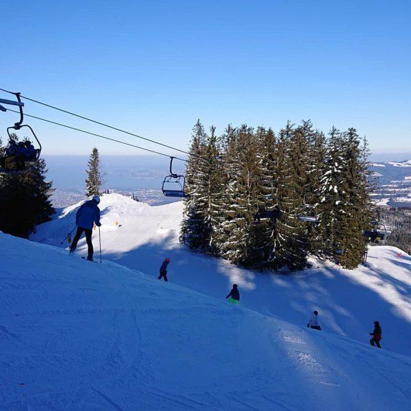 Ein weiterer herrlicher Skitag am Bödele ⛷️ ⛷️⛷️⛷️⛷️⛷️⛷️⛷️⛷️⛷️⛷️ #skiboedele #skifahren #schifahren #familienskigebiet #schneevorderhaustür ...