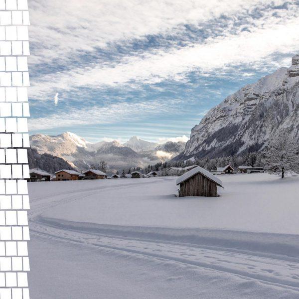 Ein Blick um's Eck zeigt uns ein Winter Wonderland wie aus dem Märchenbuch. ...