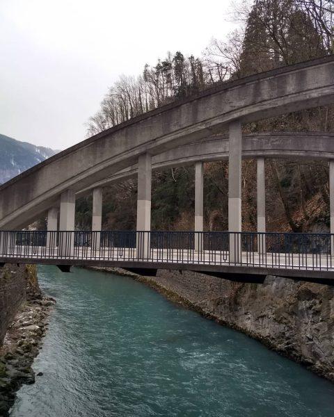 🐦So Leute, Themenwechsel.....Brücken - was symbolisieren sie, was fällt euch dazu ein? Mir ...
