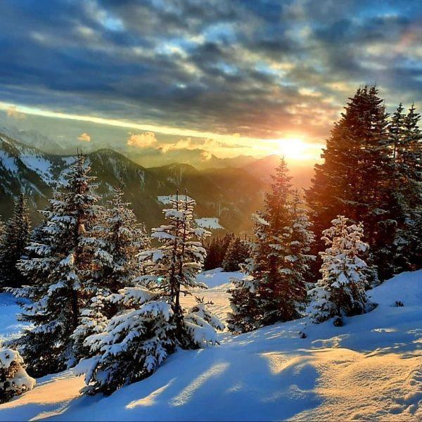 Sonnenuntergang #visitvorarlberg #vorarlbergwandern #venividivorarlberg #vorarlberg #visitaustria #vorarlbergtourismus #unserealpen #urlaubslandvorarlberg #unservorarlberg #alpinwandern #bergwelten #bergliebe ...