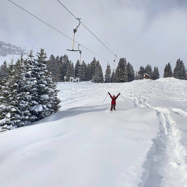 Have you ever skied ❄POWDER❄ at Hinterwies? 💙 Big THANK YOU for the skilifts, which keep the...