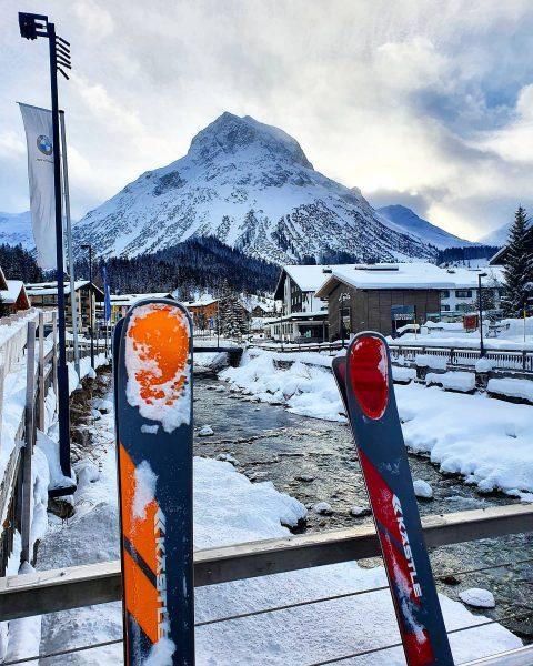 For skiers! @kaestleski 😍 . . #ski #skiing #youbetterbein #youbetterbehere #yolo #mountains #mountainstories ...