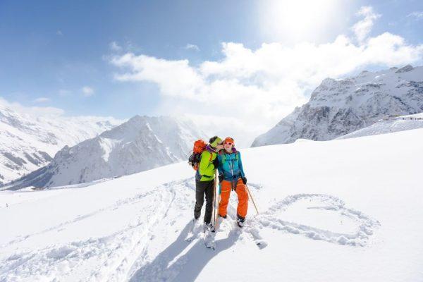 Wir sind schneeverliebt 💙 Wie gut, dass in den kommenden Tagen reichlich Neuschnee ...
