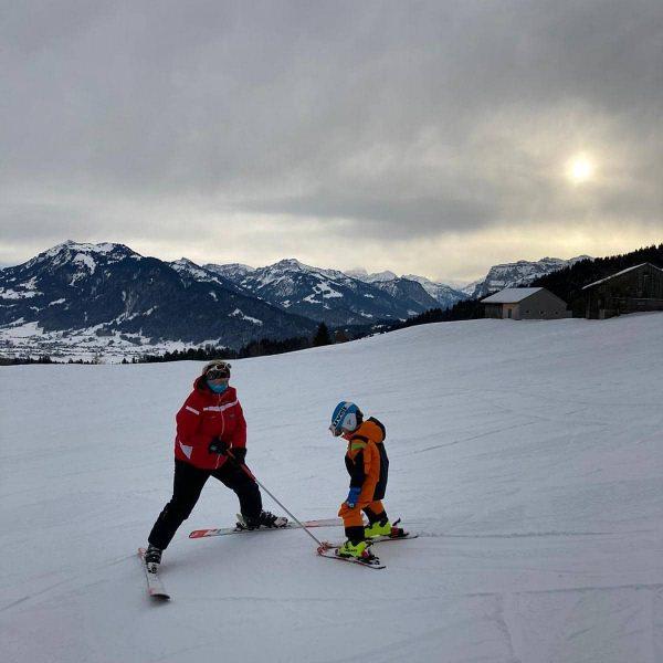 Zauberstab Stunden jederzeit möglich.... ⛷️❄️🏂🌞☎️ #zauberstab #skischuleschwarzenberg #rent4ski #rossignol #bödele #alberschwende #abstandhalten #kumufsbödele