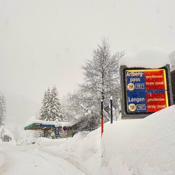 ⚠ Attention roads closed!! ⚠ The Flexenpass between Alpe Rauz and Zürs AND ...
