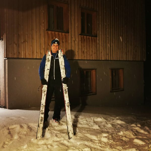 Obadrunde id Lindauer 😎❄️❄️☃️🔥🔥 #skitouren . #meinmontafon #schnee #üsrihemat #kenmenschofweg #aufgehts #dosenmiardahem #diebergediesindmeinzuhaus ...