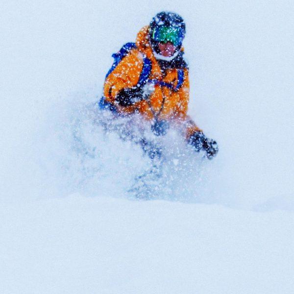 We had a blast today! #skizuersag #zuerssmallplacegreattimes #friendlybraendle #lechzuers #hauskuengzuers #flexenarena #winter #snow #pow #oakley #fischerski #ski...