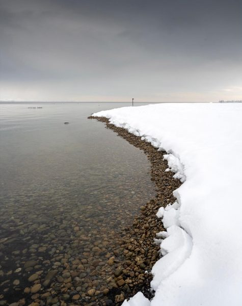 Winter am See - Linien #photooftheday #picoftheday #photography #vorarlberg #visitvorarlberg #bodensee #lakeconstance #austria ...