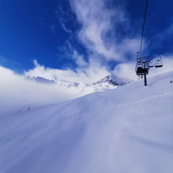 Heute am Rotschrofen 😎 #skiurlaub #powder #edelweisslech #lechamarlberg #winterurlaub #bedandbreakfast Lech Zürs am ...