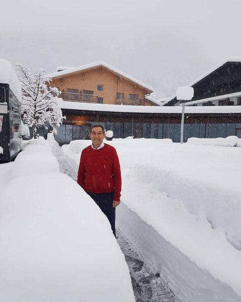 Es schneit und schneit ❄⛄❄ . . . #winterwonderland #badreuthe #visitvorarlberg #visitbregenzerwald #venividivorarlberg ...