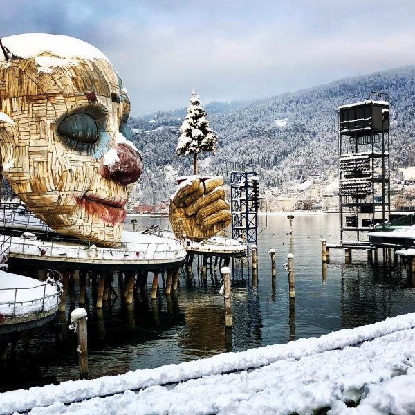 A sleepy clown covered in snow. I love this stage design and really ...