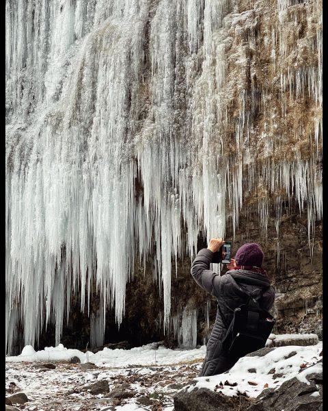 ❄️🌨💍🧊 . . (⚠️ 👉👷🏼♀️👷🏻 👉) . . #winter #wintertime #winterlovers #winterphotography #mobilephotography #vorarlberg #visitvorarlberg #austria #visitaustria...