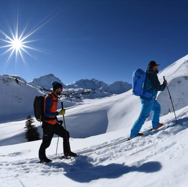 Tradition & Moderne Gleich neben den beliebten Skigebieten des Kleinwalsertals beginnt das Revier ...