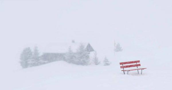 VORSICHT FRISCH GESTRICHEN - - - - - - - - - #winterwonderland ...