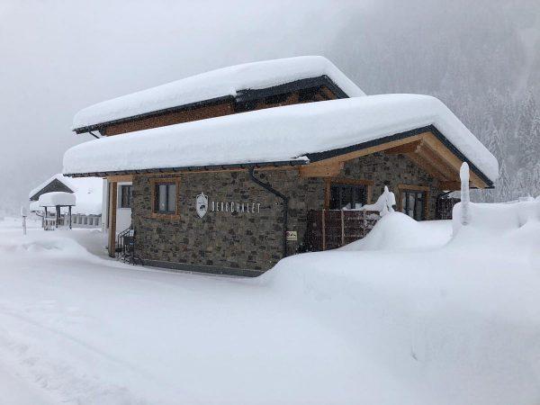 Wir lieben Schnee ❄️ Baad wird zum Winterwunderland #kleinwalsertal #mountains #neuschnee #schnee #whereyourheartbeats ...
