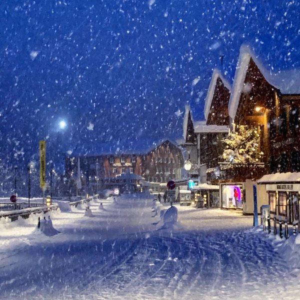 #flockdown #lech #skiarlberg #snowwhite #powder Lech, Vorarlberg, Austria