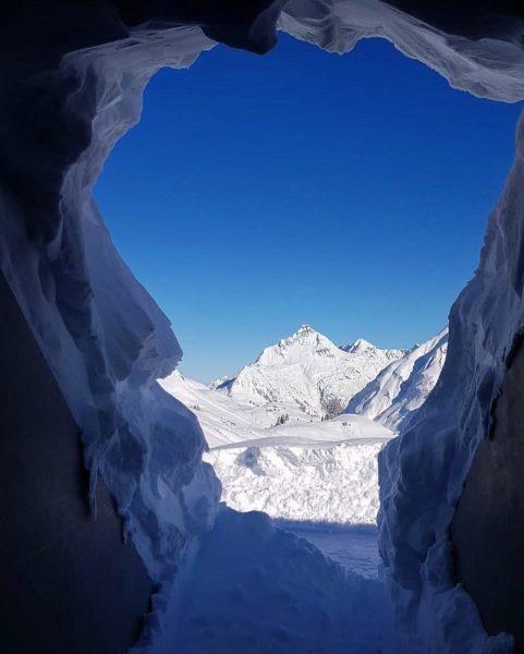Kennt ihr den Skyspace in Lech am Arlberg schon? Dies ist ein Lichtraum ...