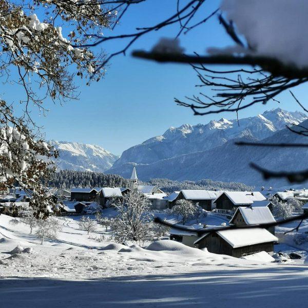 Winterzauber ❄️✨ Epes fum wichtigsta isch doch, dass ma Spaß hot und o ...