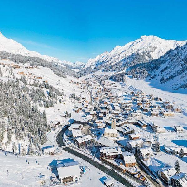 Die schönsten Regionen in unglaublich hochauflösenden 360° Bildern entdecken - Hier das Winterparadies Lech Zürs am Arlberg...