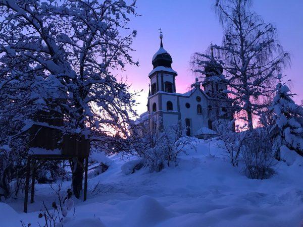 Ich weiß...schon wieder ein Foto von der Kirche...🙈...aber das Licht heute morgen war ...