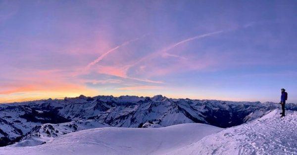 Repost @manuelaskr 📸❄️ #mountains #snow #winter #alpen #berge #wonderland #bergwelten #alps #alpenguide #alpenpeople #nature #landscape #sky #repost...