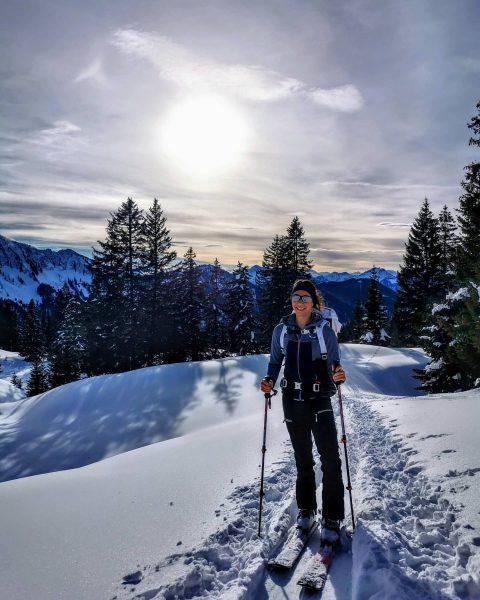 Wo es am schönsten ist? ZUHAUSE und überall DRAUẞEN 🏔️💚🏡 #laterns #nob #skitour ...