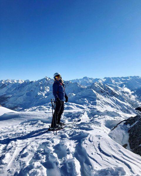 📍 Schneeparadies ⛷ #silvrettamontafon#meinmontafon#skiing#mountains#visitvorarlberg#alpenliebe#bergliebe#meintraumtag#austrianmountaingirls