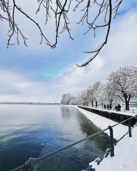 Beautiful winter #winter #winterwonderland #wintertime #snow #snowday #schnee #bodensee #bodenseeregion #bodenseeliebe #bregenz #vorarlberg #seeufer #schneezauber