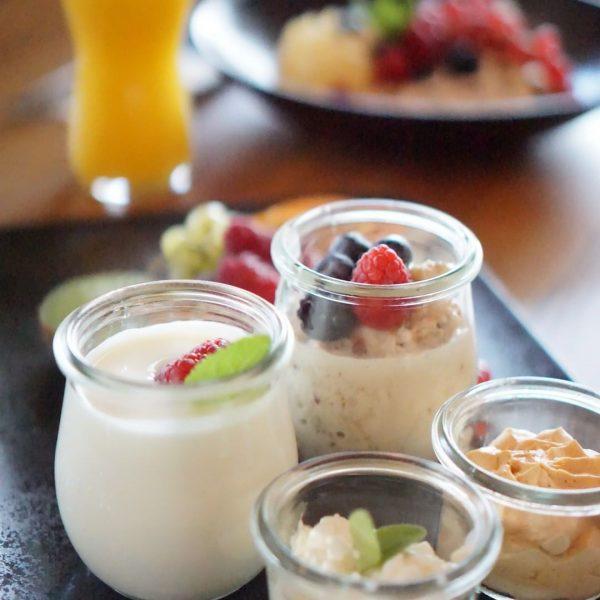 Dieser Moment, wenn du den Duft von frischen Brötchen und feinsten Frühstückskreationen riechst – einmalig. Mit unserer...