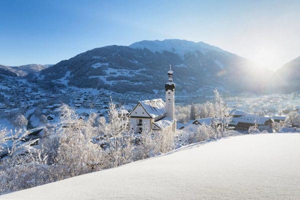 What a view 😍❄ Have you ever been in Schruns or Tschagguns in Montafon? 😊 #meinmontafon #winterwonderland...