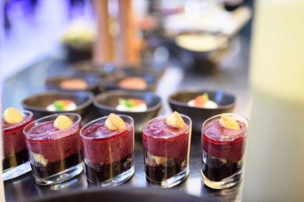 Genuss 🍢🍸auf allen Ebenen bietet unser Event Catering Team für Ihre Veranstaltung. Von ...