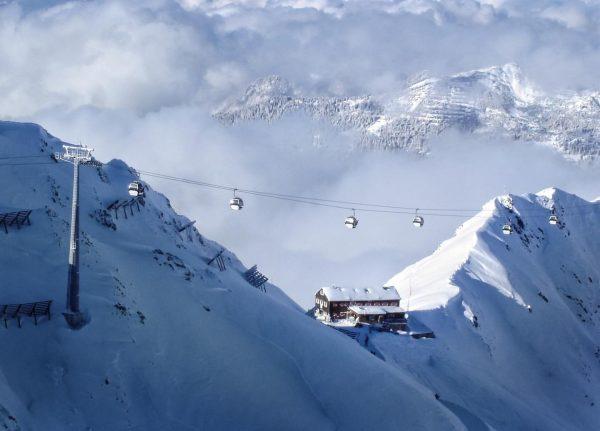 Dem Nebel im Tal entkommen und oben in der Sonne skifahren 😊⛷, irgendwann ...