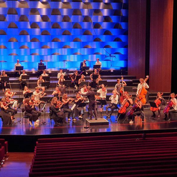 Heute wieder einmal in Bregenz bei einem tollen Live Mitschnitt von der Jugendphilharmonie ...