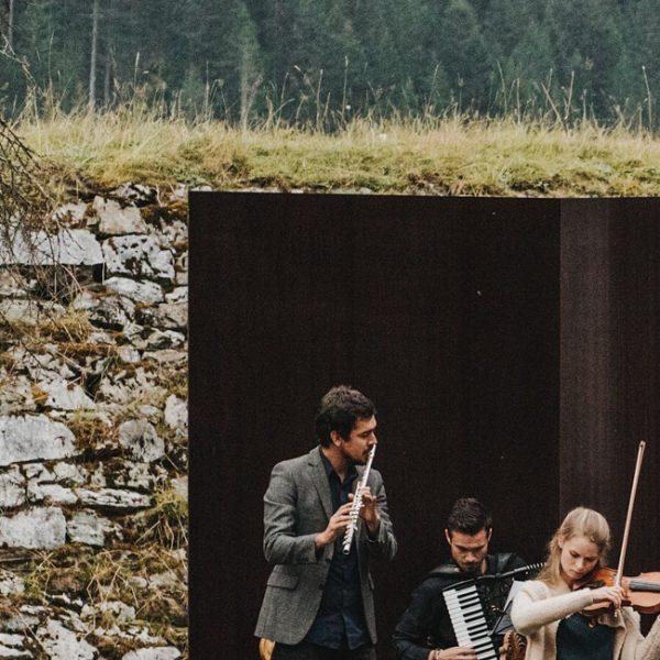 Applaus für die Musiker*innen Marie-Christine Eberle - 1. Violine Constantin Eberle - 2. ...